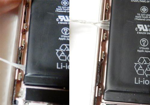 iPhoneの両面テープを剥がす